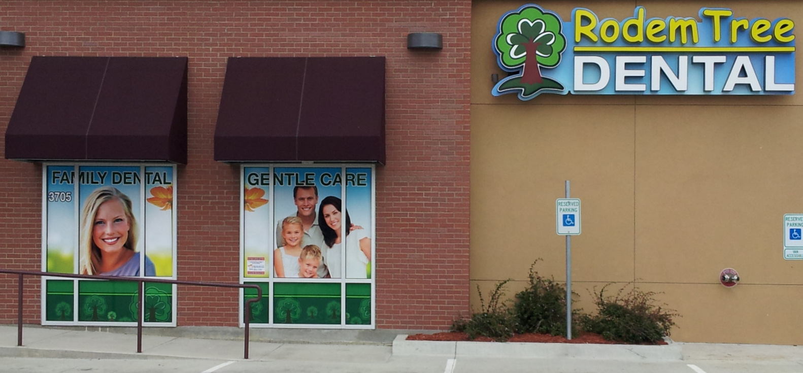 Dental signs, window perf, logo, branding